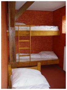 Bild 4-Bett-Zimmer